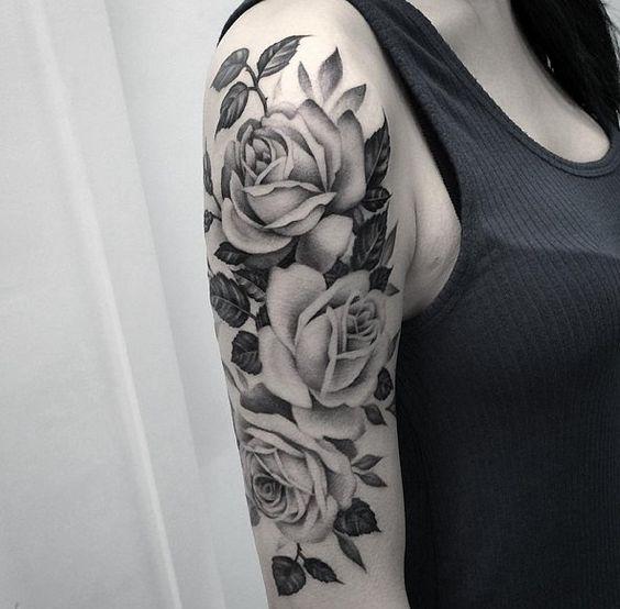 Ý nghĩa hình xăm hoa hồng đen ẩn chứa điều gì 12